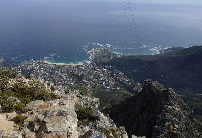 Uitzicht vanaf de tafelberg in Westkaap